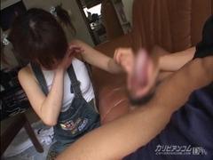 裏DVDには無い本物の女子小学生並みロリータ娘に強制フェラさせセックス!
